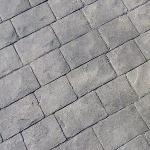 MAYRATA | Pavimentos impresos en Mallorca | Estampado adoquín cuadrado