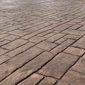 MAYRATA | Pavimentos impresos en Mallorca | Estampado adoquín irregular